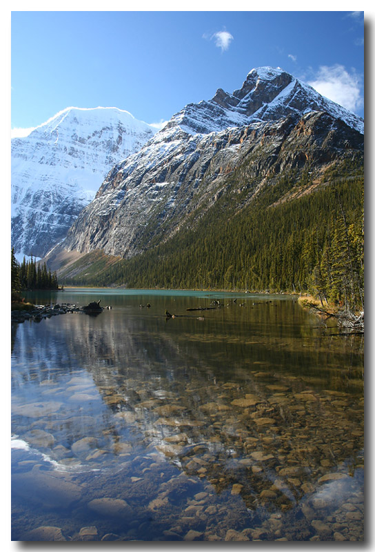 Mount Edith Cavell & Cavell lake