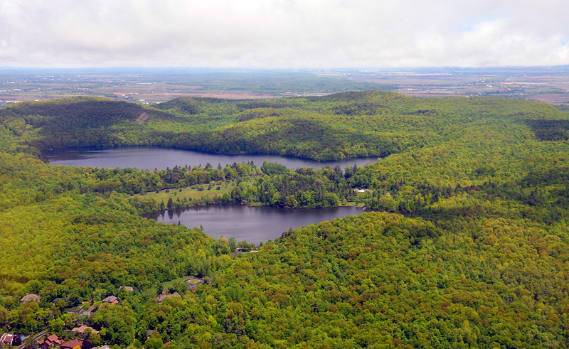 Mont-St-Bruno lakes 2009
