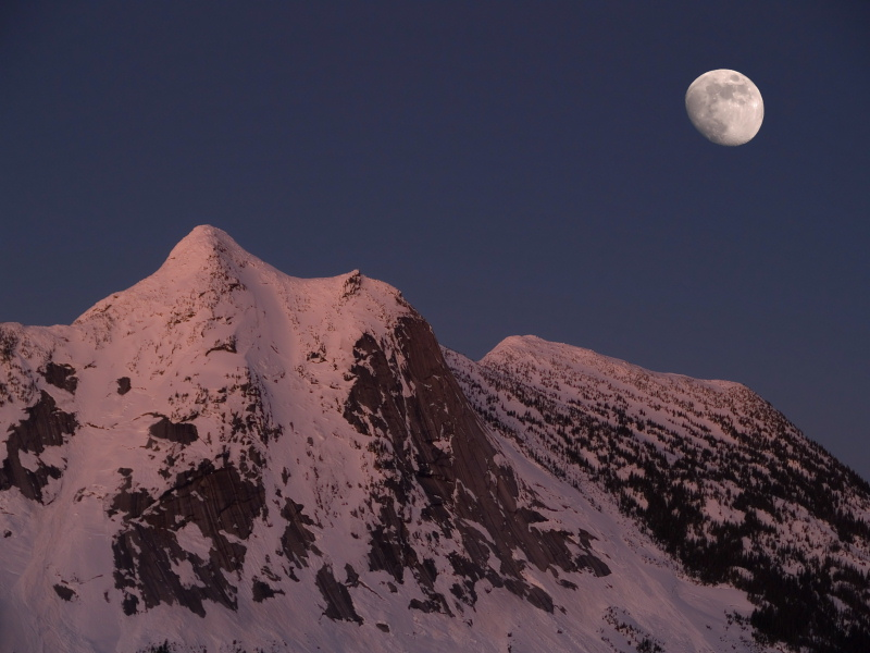 Moon over Yak Peak