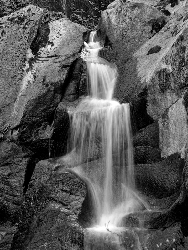 waterfall in BW