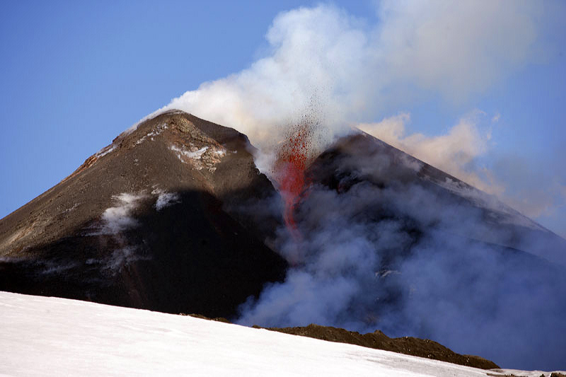 Etna  - 21 Hours Later!